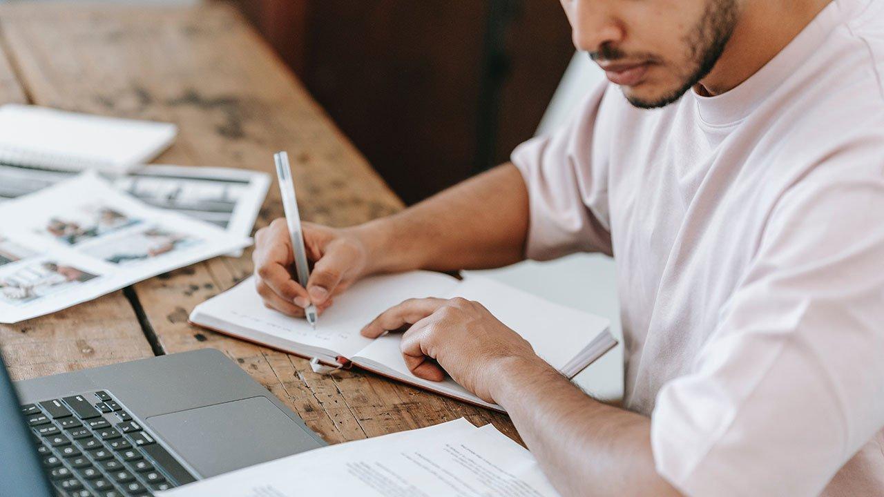 Perché iscriversi a un master online?